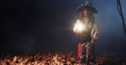 halloween-flashlight.jpg